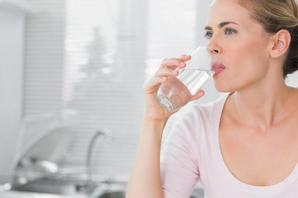 Drinking hot water after meal